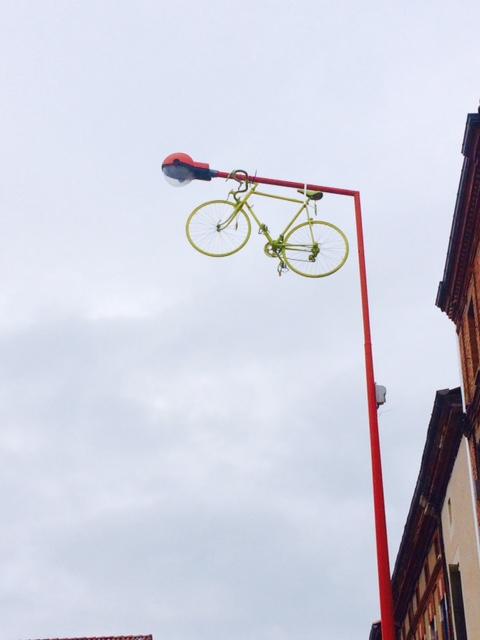 Gele fiets1